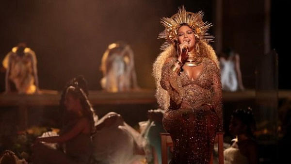 Has Adele given her Grammy to Beyonce?
