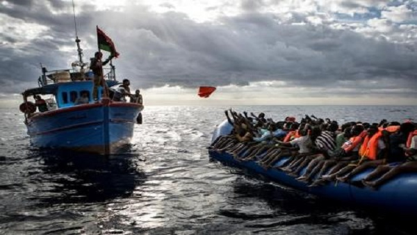 Over 900 migrants rescued off Libya