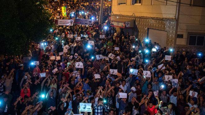 Moroccans protest demanding release of an activist