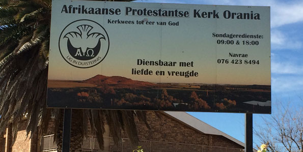 South African White Church Prevents Blacks From Attending Service -1280