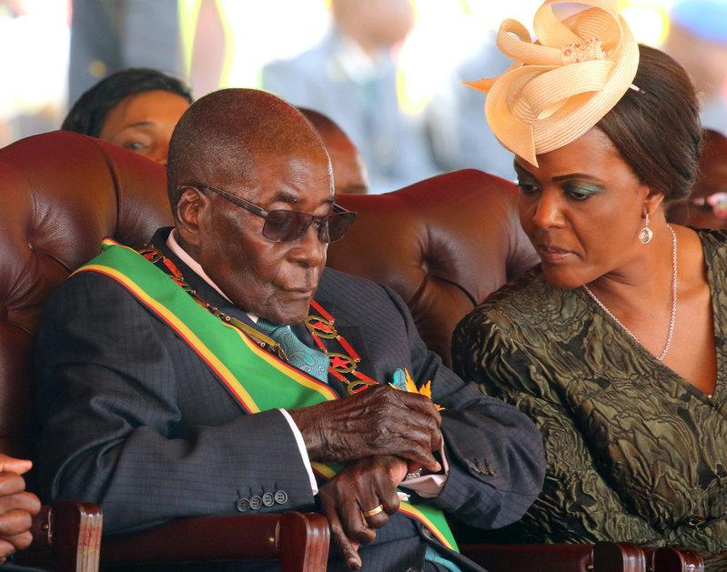 FILE PHOTO: Former Zimbabwean President Robert Mugabe and his wife Grace. Photo: REUTERS