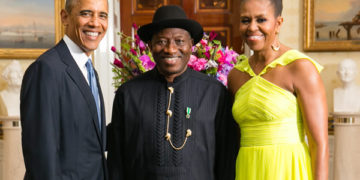 Former President Obama and wife Michelle with ex-Nigerian President Goodluck Jonathan at the White House on Aug. 5, 2014. File Photo: State Department