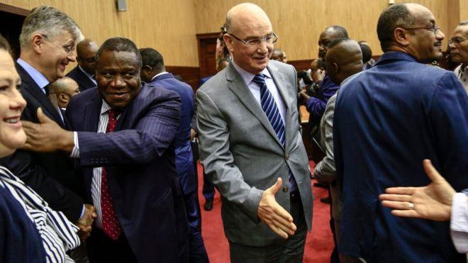 AU commissioner Smail Chergui (c) helped broker the talks in Khartoum. Photo: AFP