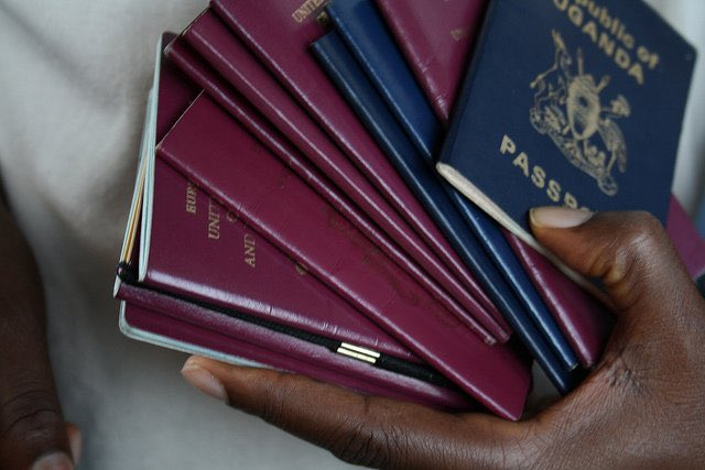 Only 25 % of African countries no longer require visas for African citizens.