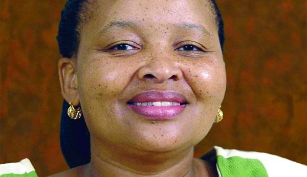 Lulu Xingwana