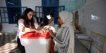 Voting in Tunisia