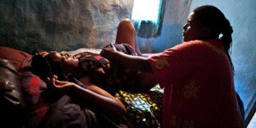 Child birth in Africa