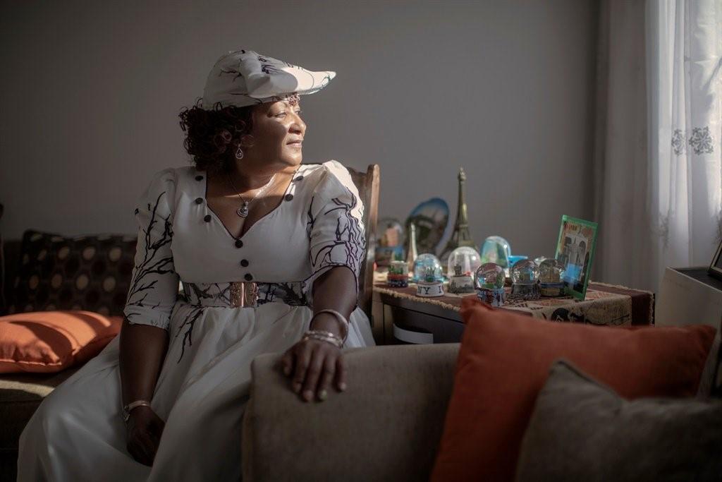 Esther Muinjangue