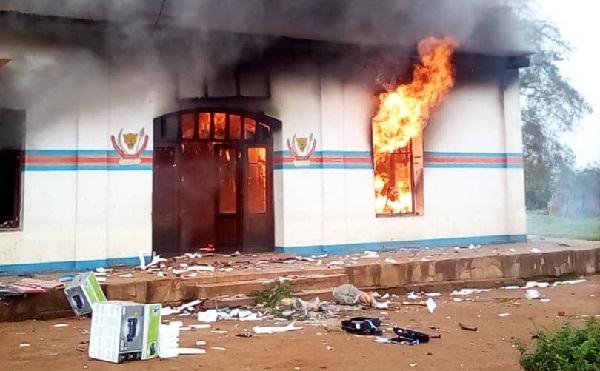 UN building in DR Congo torched