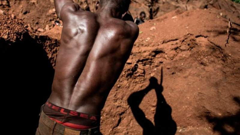 Ruby mine collapse in Mozambique