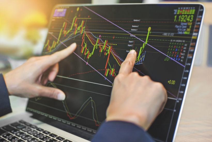 forex trading live iq option - YouTube