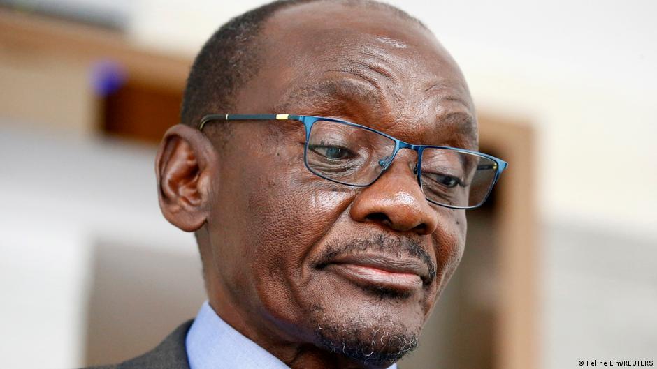Kembo Mohadi resigns