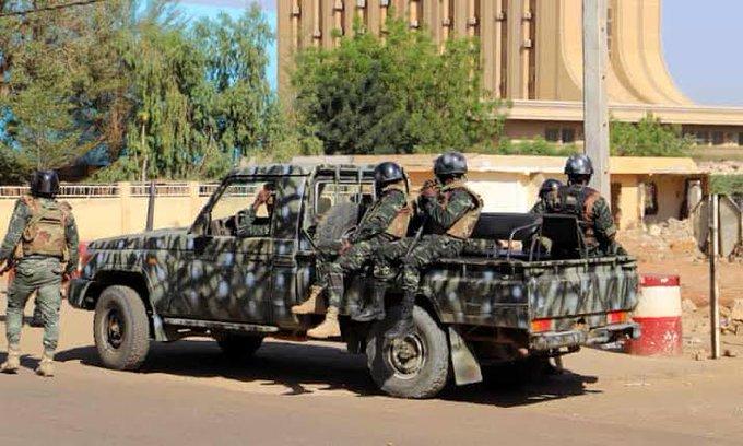 Gunfire heard in Niger