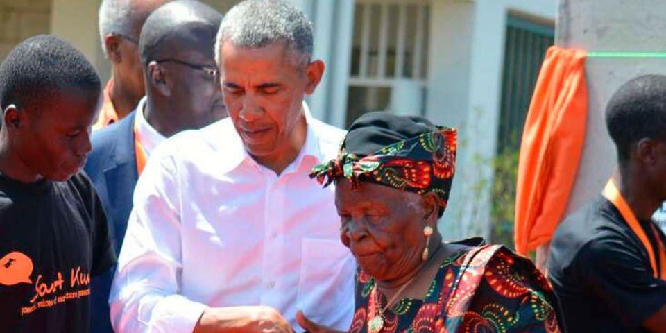 Obama grand mother Mama Sarah