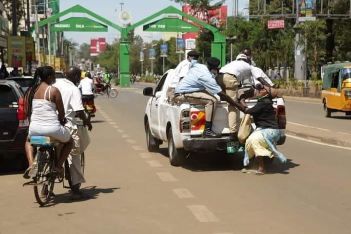 Street hawker in Kenya