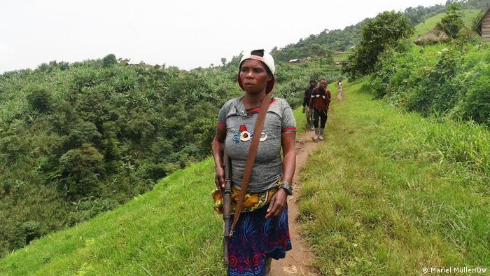 Congo woman guerilla fighter