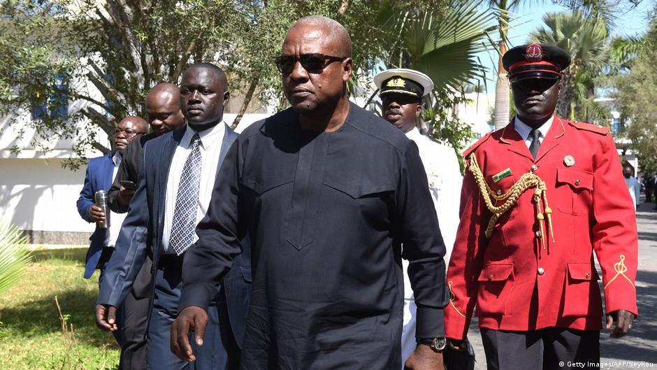 Ghana ex-president John Mahama somalia